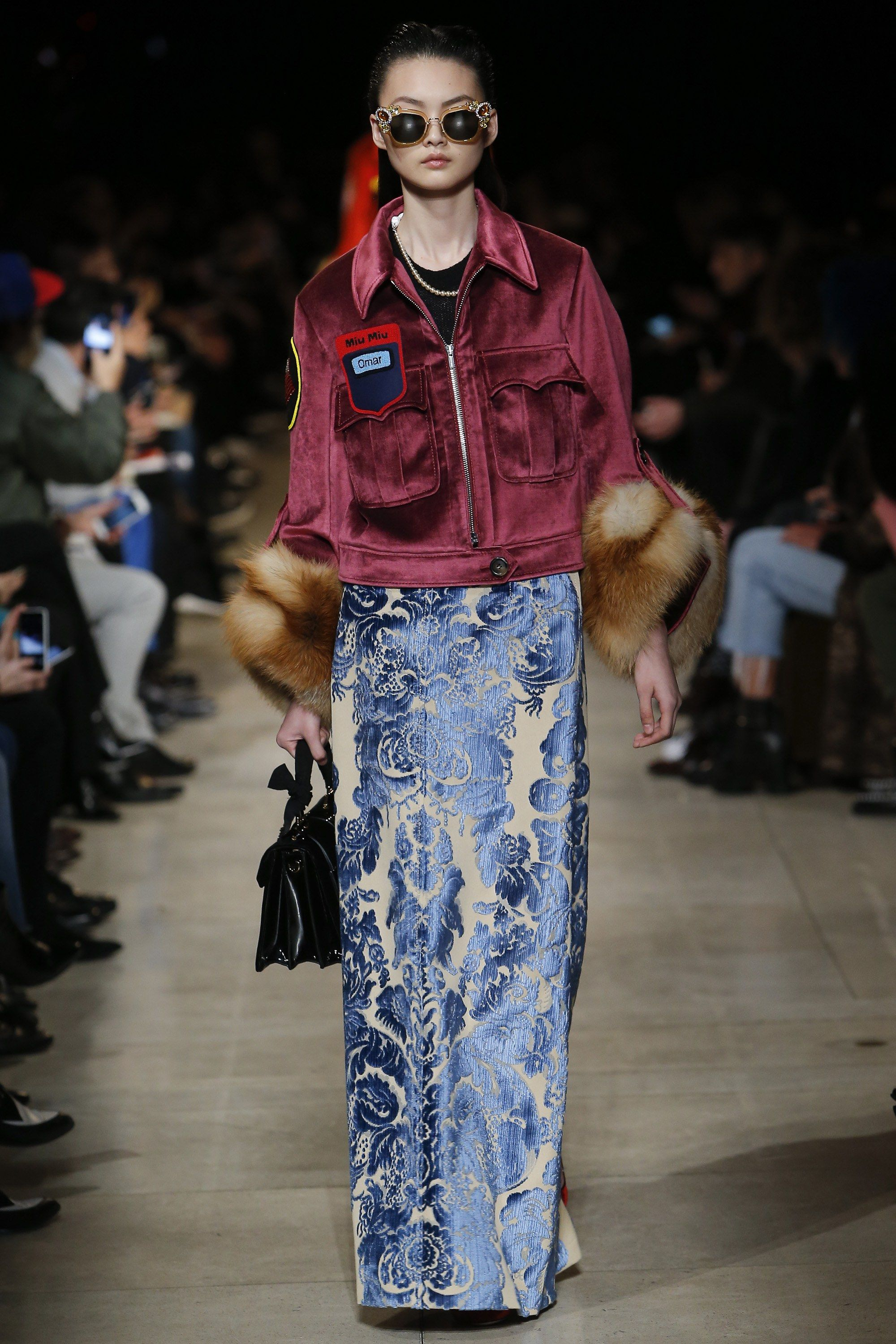See the complete Miu Miu Fall 2016 Ready-to-Wear collection.