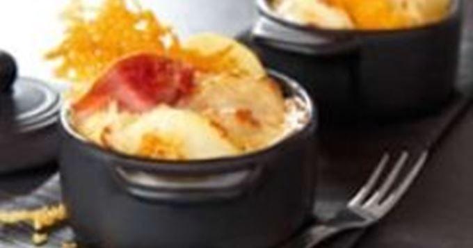 Mini cocottes de gratin dauphinois au jambon cru