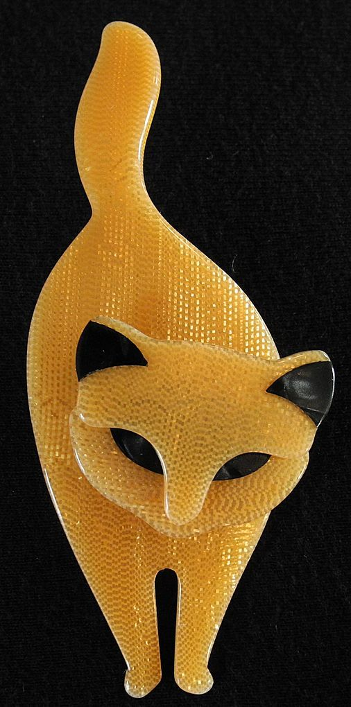 Golden Standing Cat Pin, by Lea Stein, Paris. I first came across Lea Stein in Salzburg, I love the simplicity of her work, she uses Bakelite and the colours are magnificent