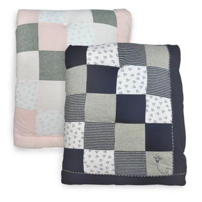Burt S Bees Baby Tiles Bee 100 Organic Cotton Quilt Buybuybaby Com Baby Bee Burts Bees Baby Baby Quilt Size