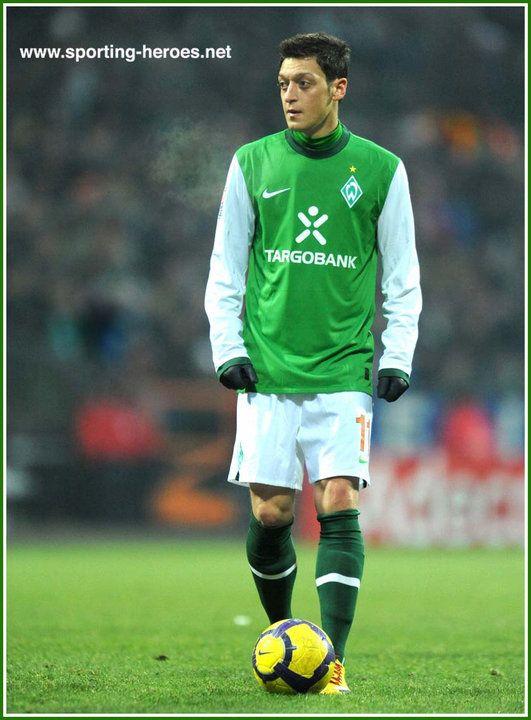 Pin On Mesut Ozil
