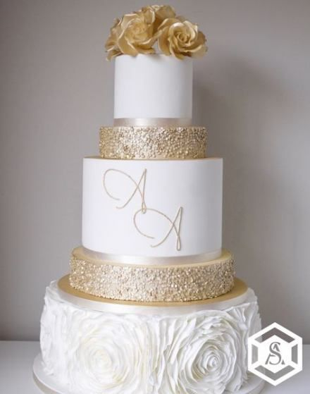 Wedding cakes gold and white 52+ ideas for 2019 -   14 wedding Rose Gold cake ideas