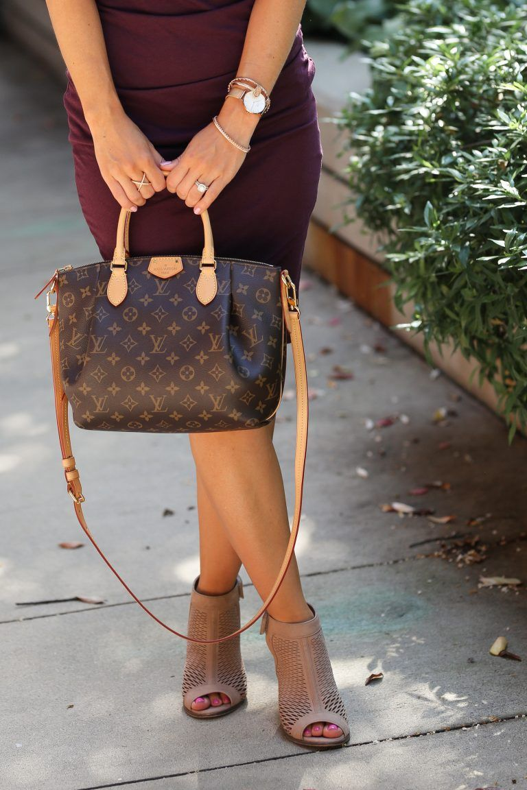 Louis Vuitton Turenne PM, Vince Camuto booties #louisvuittonhandbags