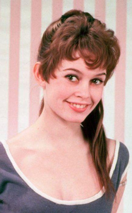 1955 Brigitte Bardot commence sa carrière dans les