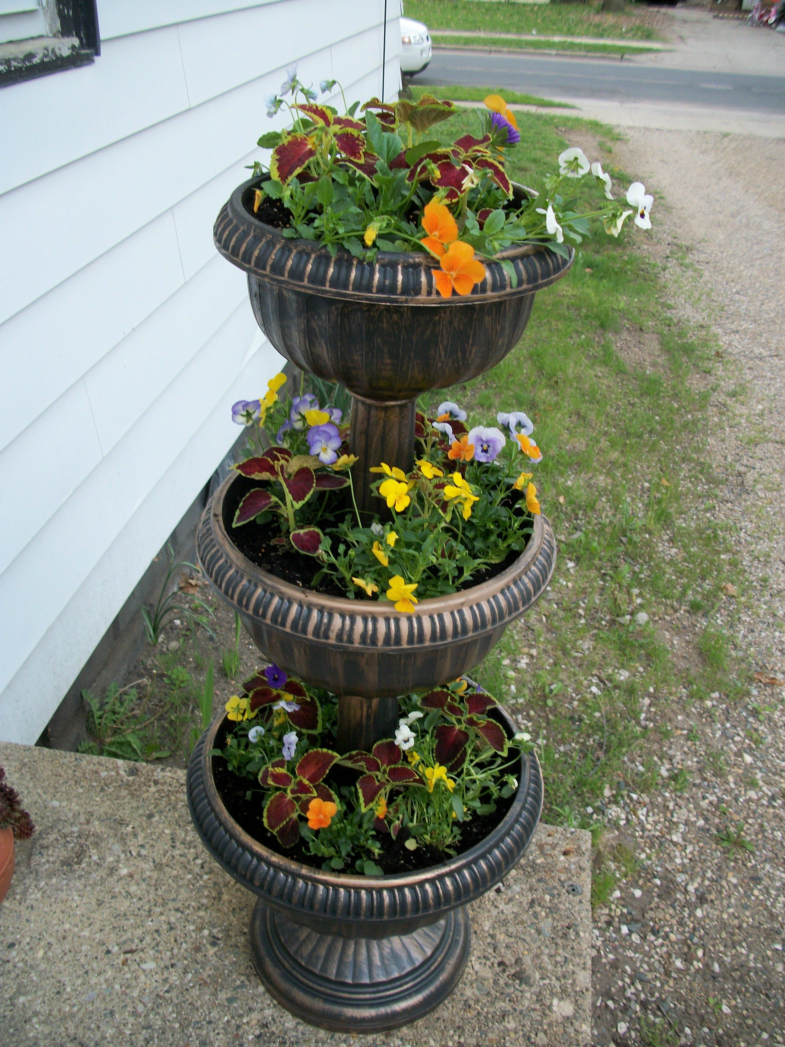 Three Tiered Planter Garden Projects Tiered Planter Planters