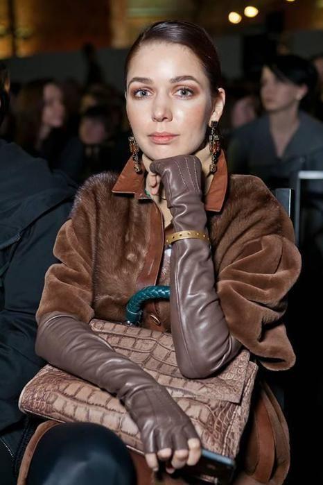Russian fashion designer Alena Akhmadullina. Русский модельер ...