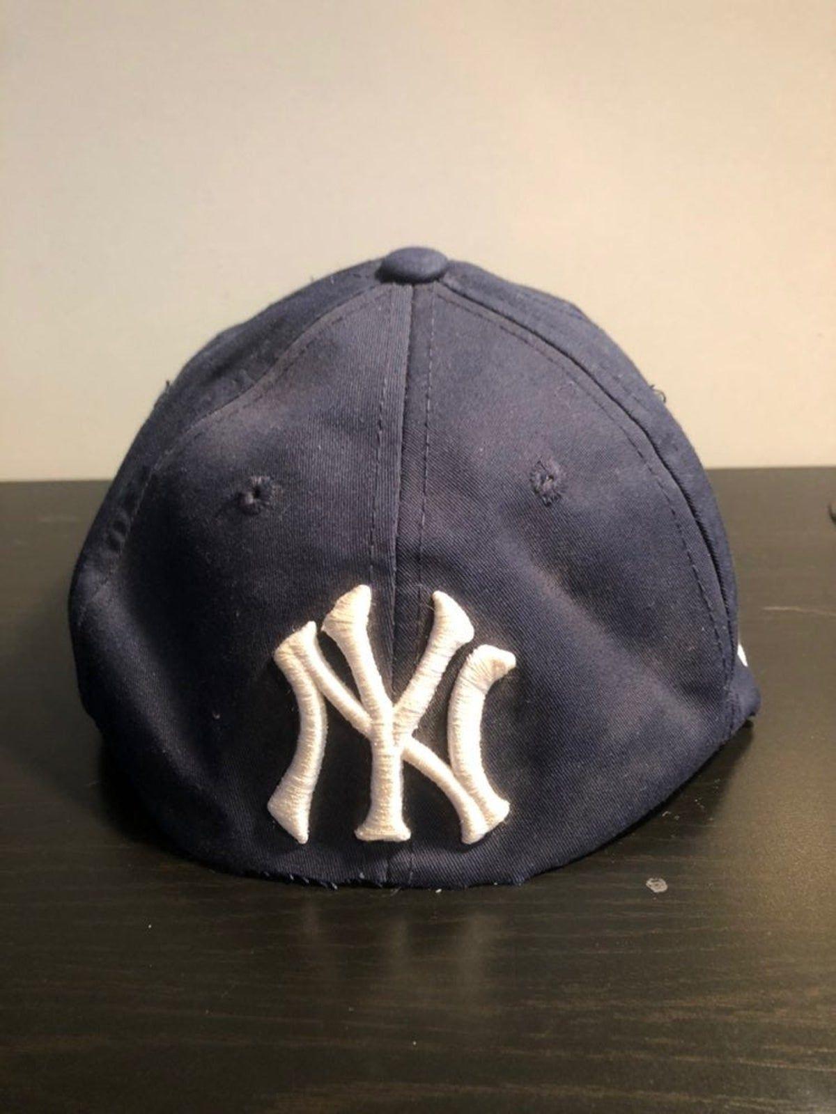 Pin By Julia On Klader Yankee With No Brim Hats Brim