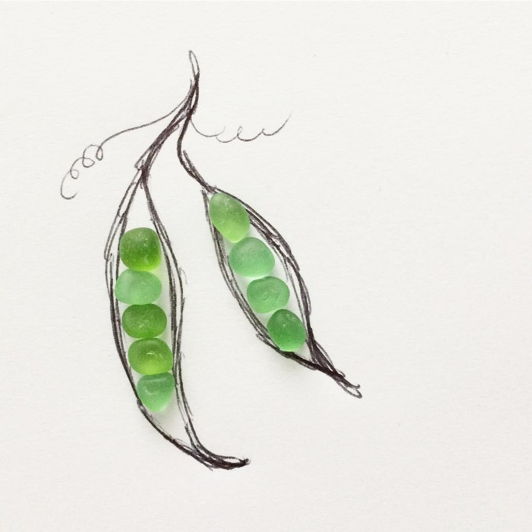 Peas in a pod seaglass beachglass peasinapod pebble for Peas in a pod craft