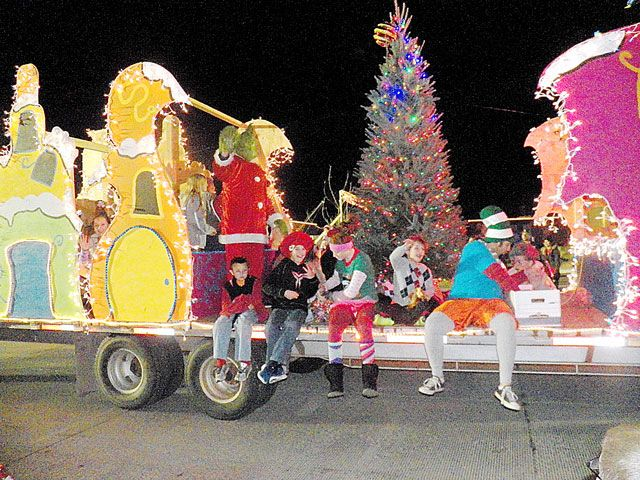 The Grinch Christmas Float Ideas.Grinch Stole Christmas Parade Float Google Search Grinch
