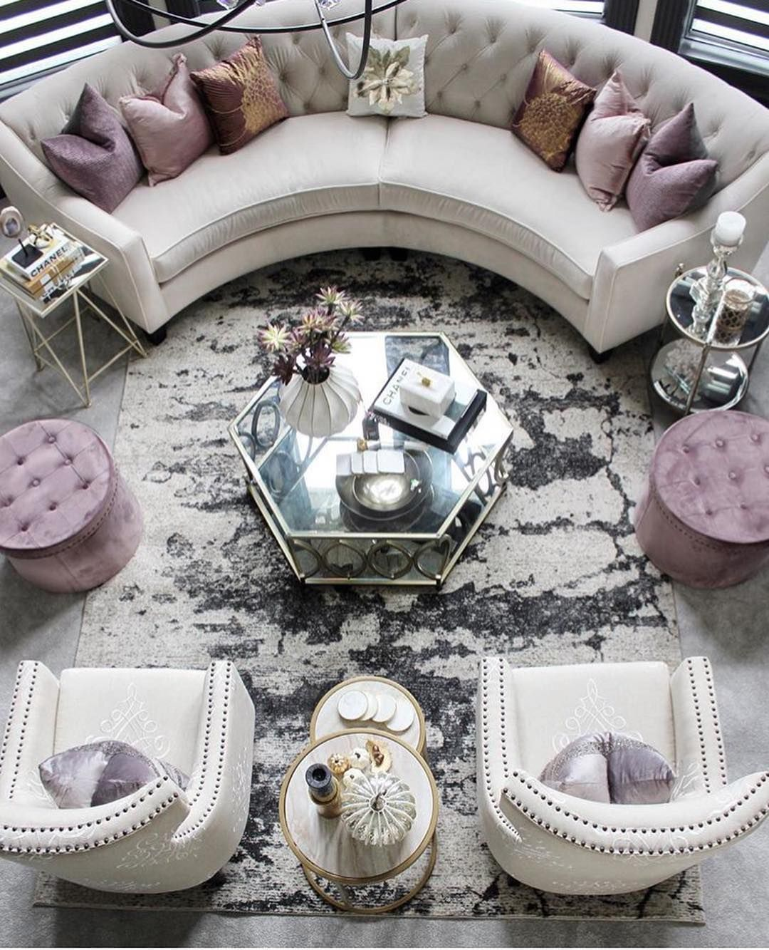 """Lovely Vintage Living Room Ideas With Glamour Furniture: Vera On Instagram: """"Such A Lovely Home"""