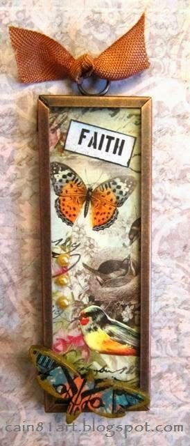 FRIENDS in ART: Collaged Microslide Pendants with Retro Cafe Art Products