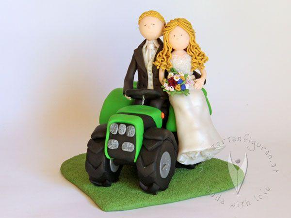 Traktor Brautpaar Tortenfigur Fur Die Hochzeitstorte