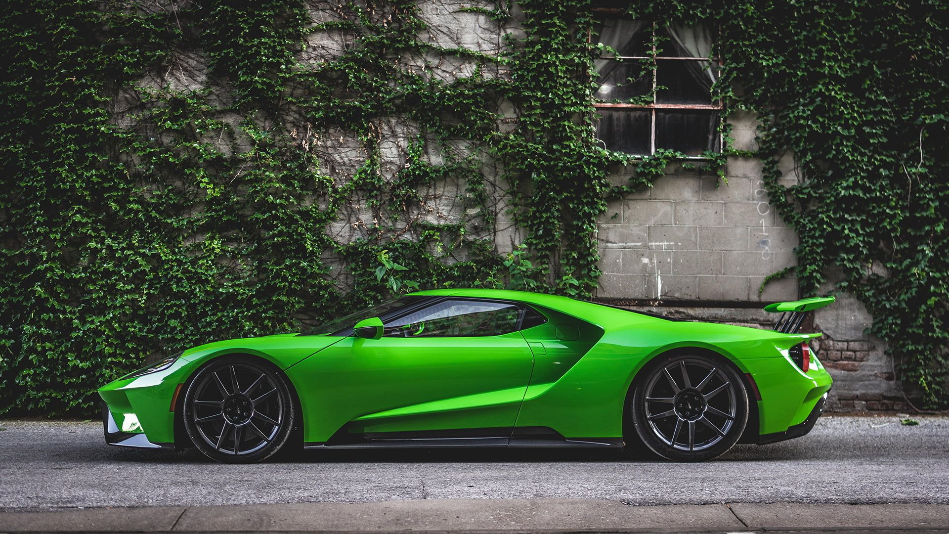 Photography Car 2017 Ford Gt Side View 1080p Wallpaper Hdwallpaper Desktop Ford Gt Best Luxury Cars Super Cars
