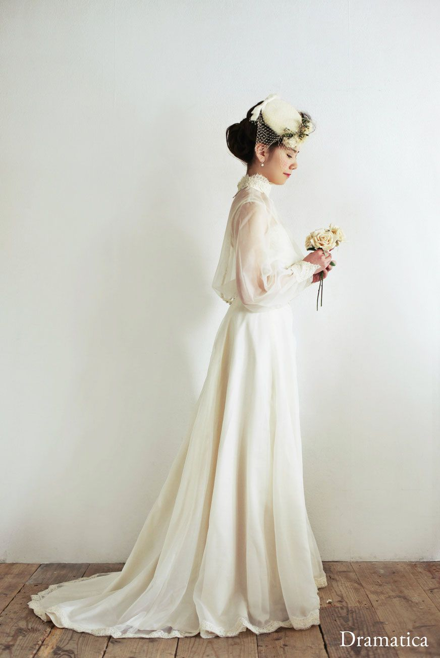 victorian lady with white roses - dramatica ~vintage wedding dress ...