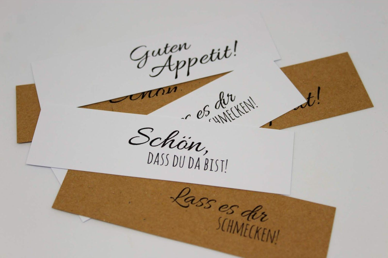 Diy Tischkarten Einfach Selber Machen Kostenlose Vorlagen Hochzeit Tischkarten Basteln Hochzeit Tischkarten Basteln Kostenlose Vorlagen