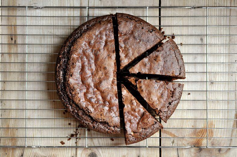 Cardamom and rye chocolate cake