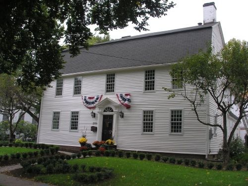 Historic Buildings Of Connecticut Federal Style Hale House House Exterior Saltbox Houses