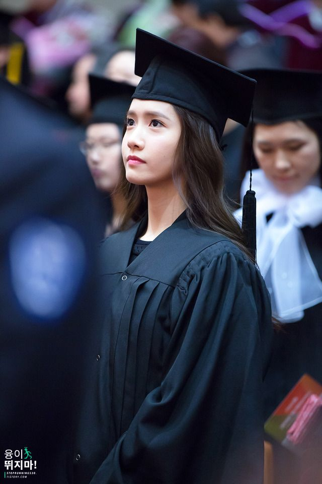 #Yoona #윤아 #ユナ #SNSD #少女時代 #소녀시대 #GirlsGeneration 150224 Graduation from Dongguk University Stoprunning530