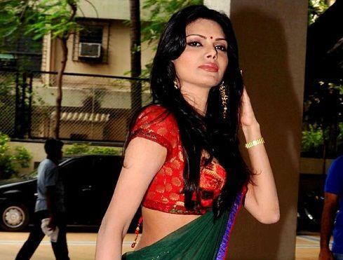 First-Bollywood-Playmate-Sherlyn-Chopra