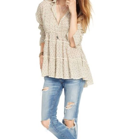 Denim & Supply Floral Print Top I'm selling this brand new, never worn Denim & Supply by Ralph Lauren floral top. It would still have the tag on but it was missing when I bought it. Gorgeous top and a must have in your closet Ralph Lauren Tops Blouses