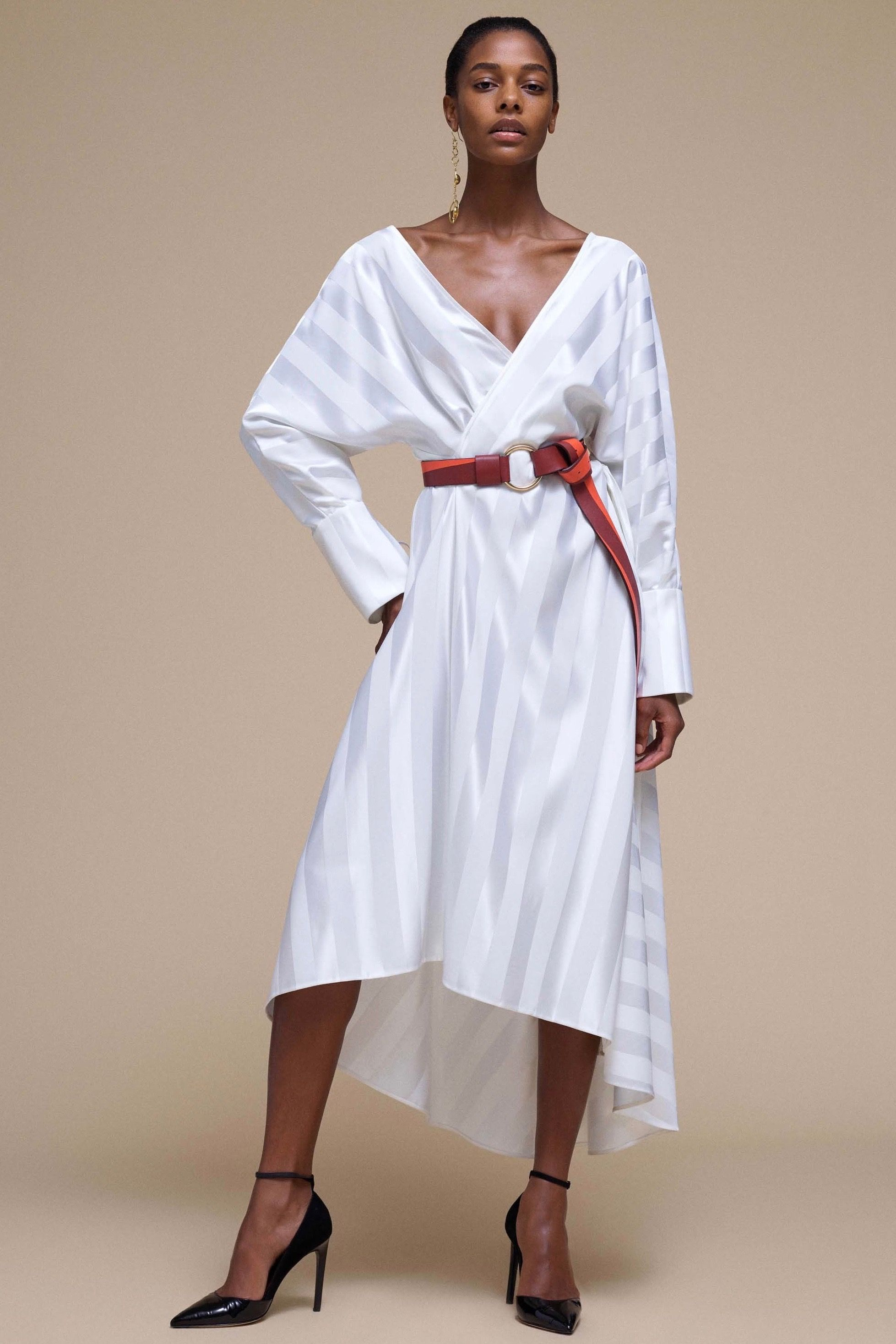 Non traditional wedding dress   NonTraditional Wedding Dresses for the Unconventional Bride