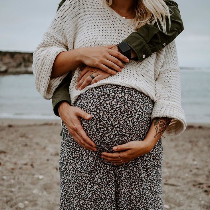 Cool maternity style!