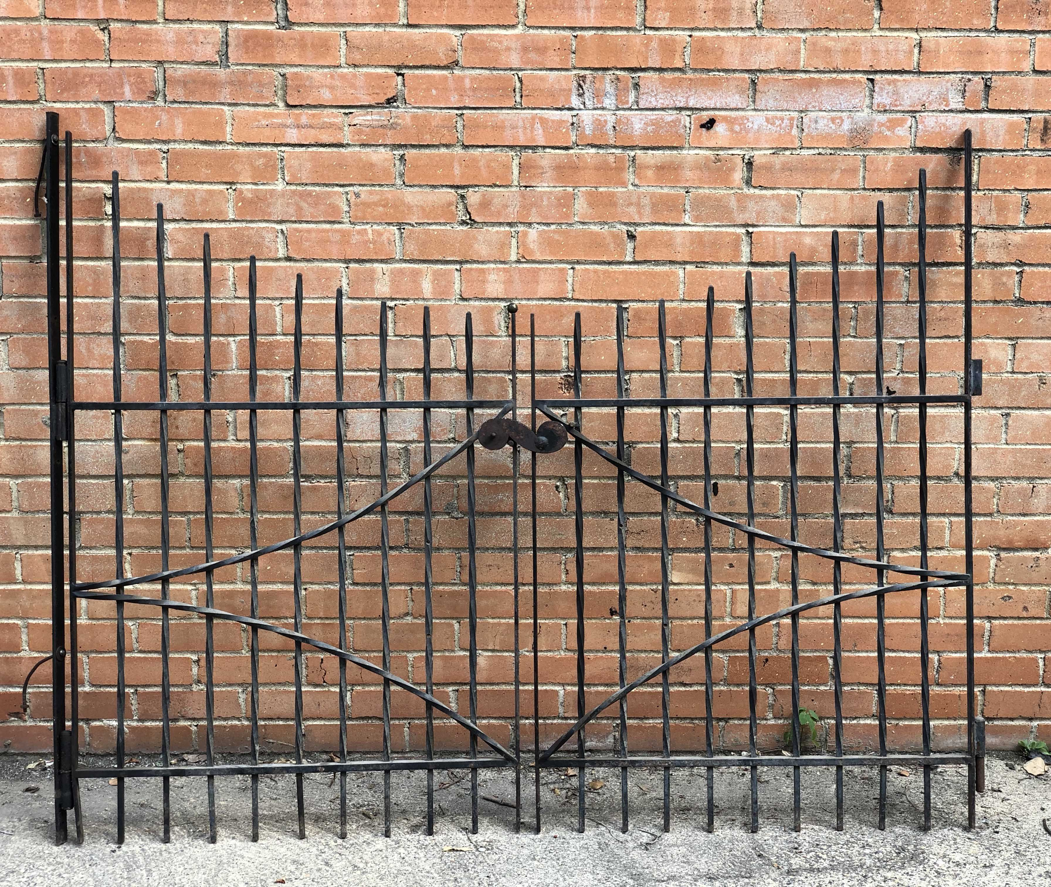 Two Piece Metal Gate With Latch 63 Wide X 49 High Country Garden
