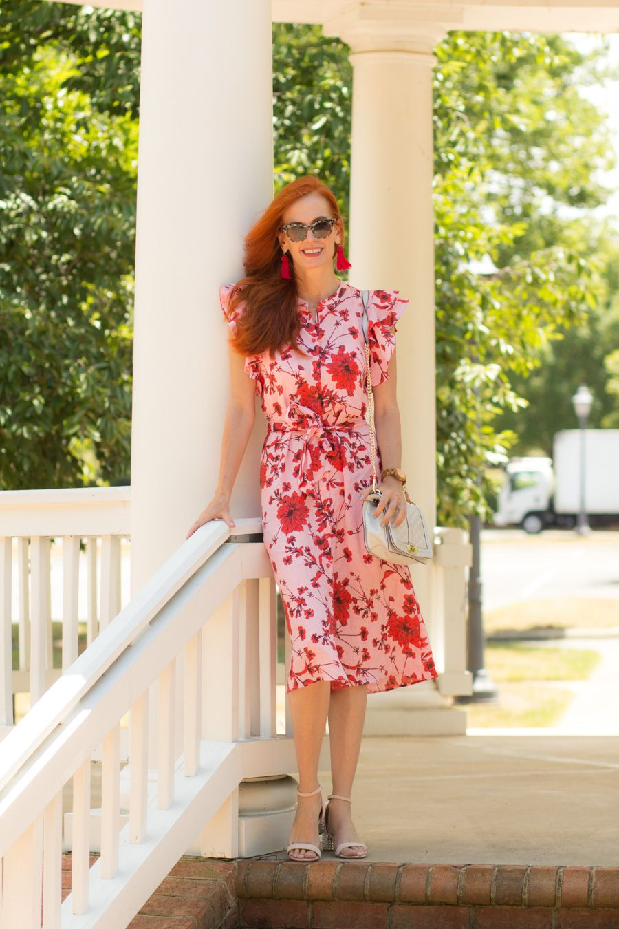 eeb055e94a Turning Heads Linkup -My Favorite New Linen Floral Dress- and Birthdays!