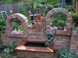 Bildergebnis Für Ruinenmauer Aus Alten Abbruchziegeln · Garten