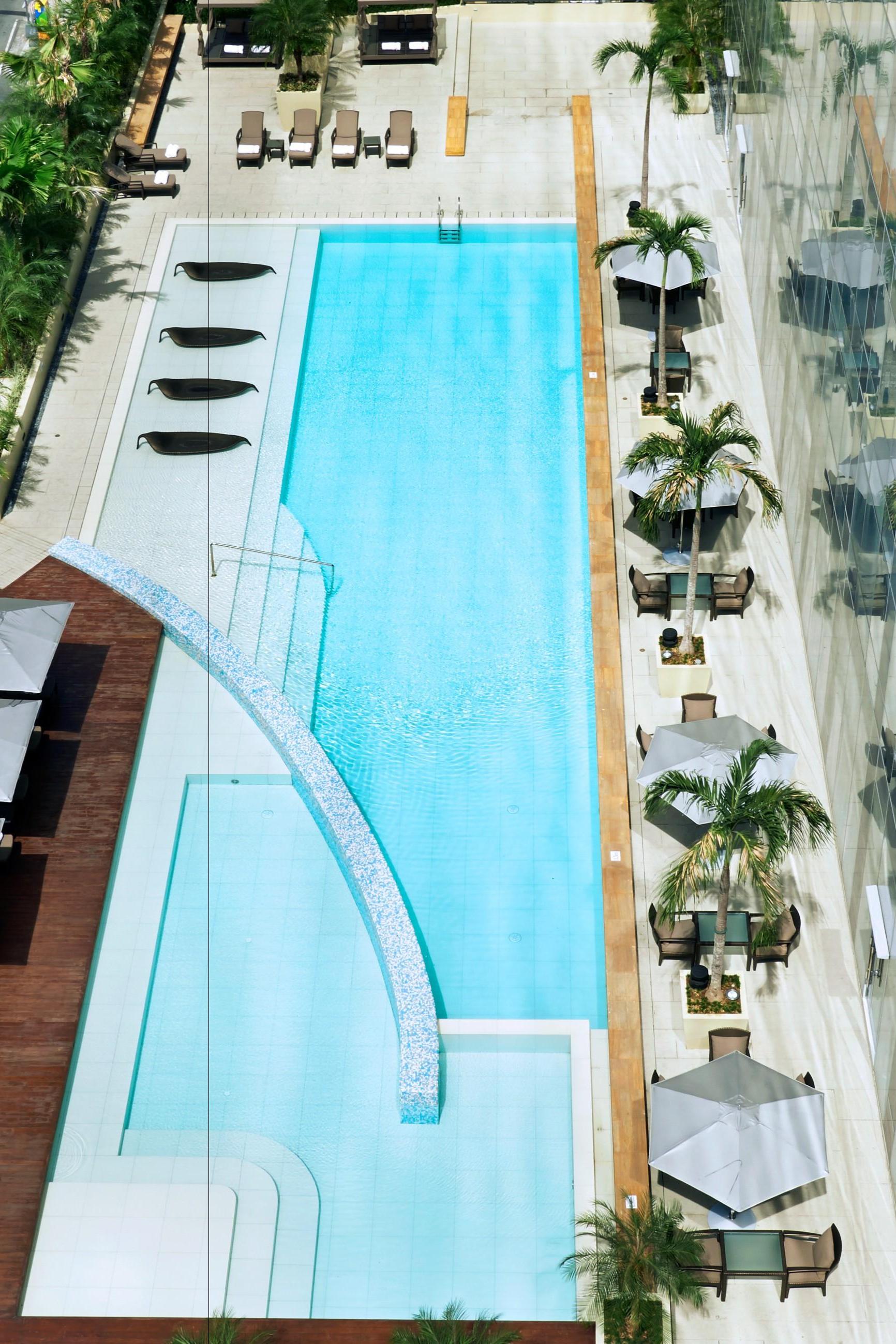Fairmont Makati Manila Makati Luzon Jetsetter Swimming Pool Designs Pool Designs Swimming Pools
