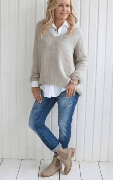 20 Winter Outfit Ideas For Women Over 40