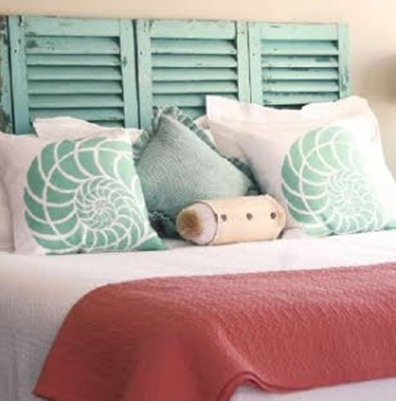 Love this headboard Amazing combination of pillows