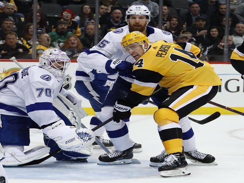 Brayden Point S Lightning Quick Hat Trick Leads Bolts Past Penguins Penguins Pittsburgh Penguins Penguins Game