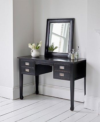 Charming Canton Dressing Table