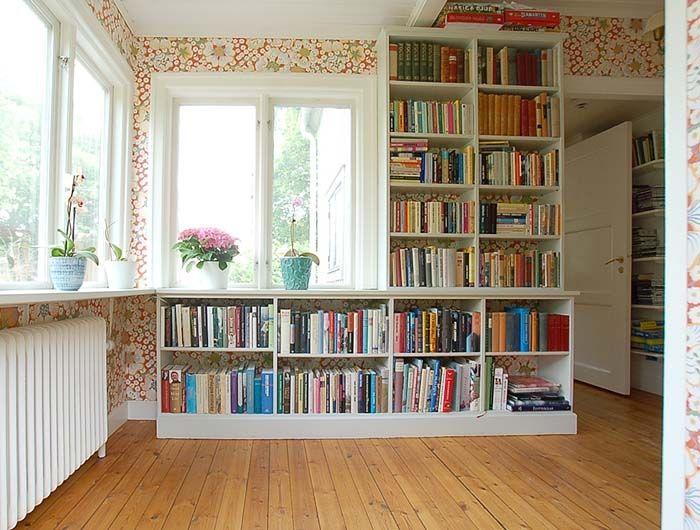 platsbyggd låg bokhylla  Livingroom  Pinterest