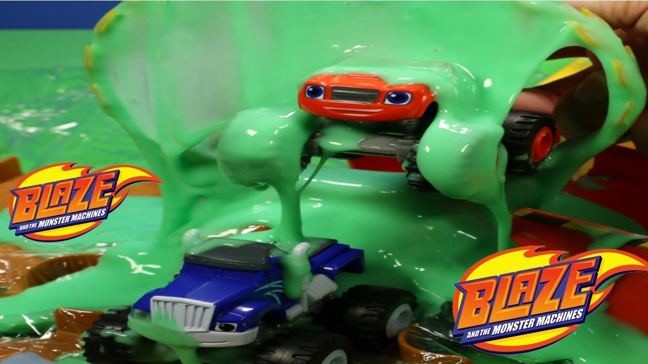 Nickelodeon Blaze Monster Machines Flaming Volcano Playset W Hoop
