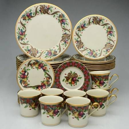 Your Favorite Brands Holiday Dinnerware Sets 40 Piece Set Holiday Tartan By Lenox Christmas China Patterns Christmas China Dinnerware Sets