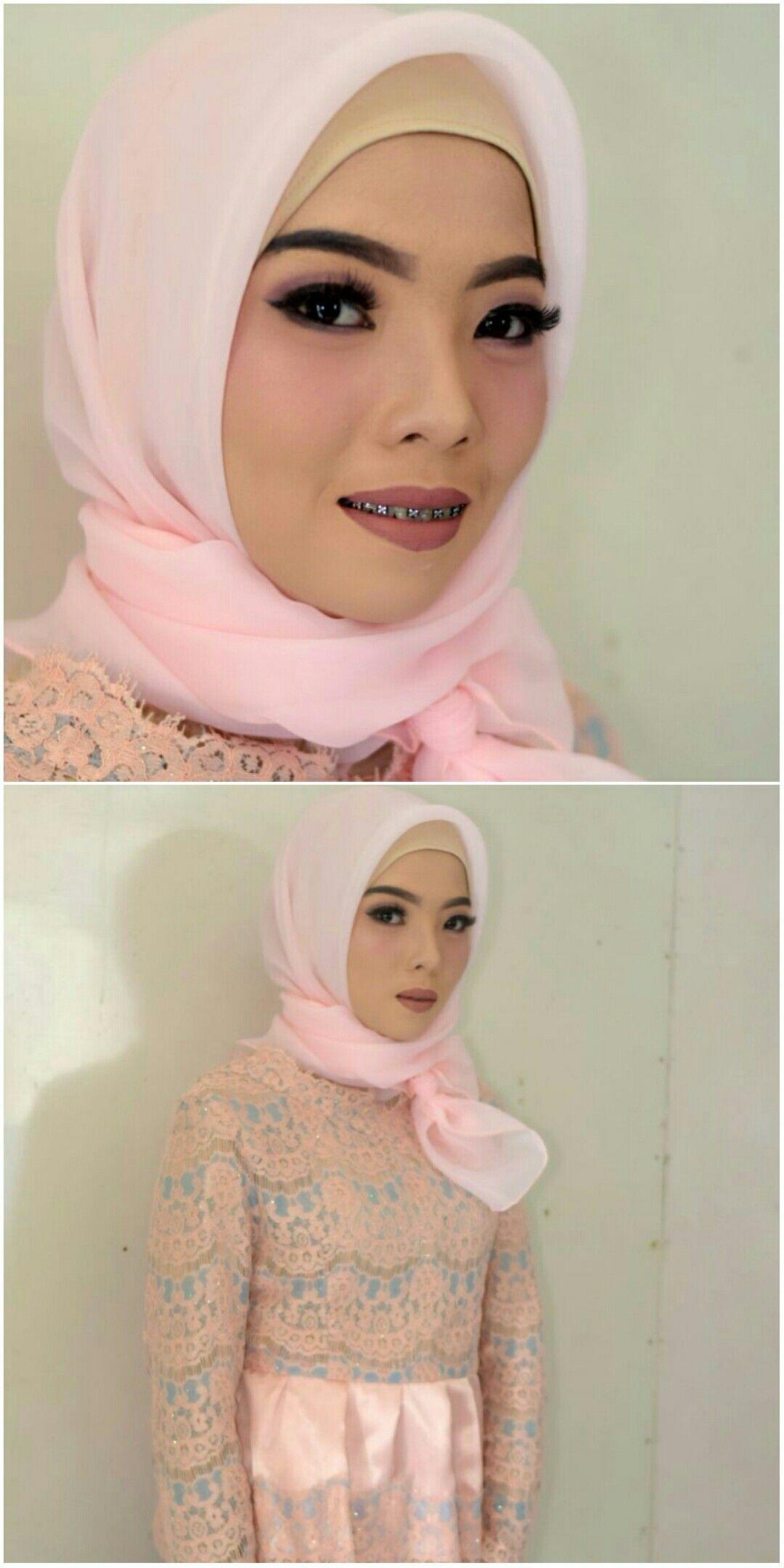 Graduation Makeup Muntilan Magelang Jogja Yogyakarta Artist Mua Rias Perias Hijab Muslim Wisuda Pengantin Make Up Putri