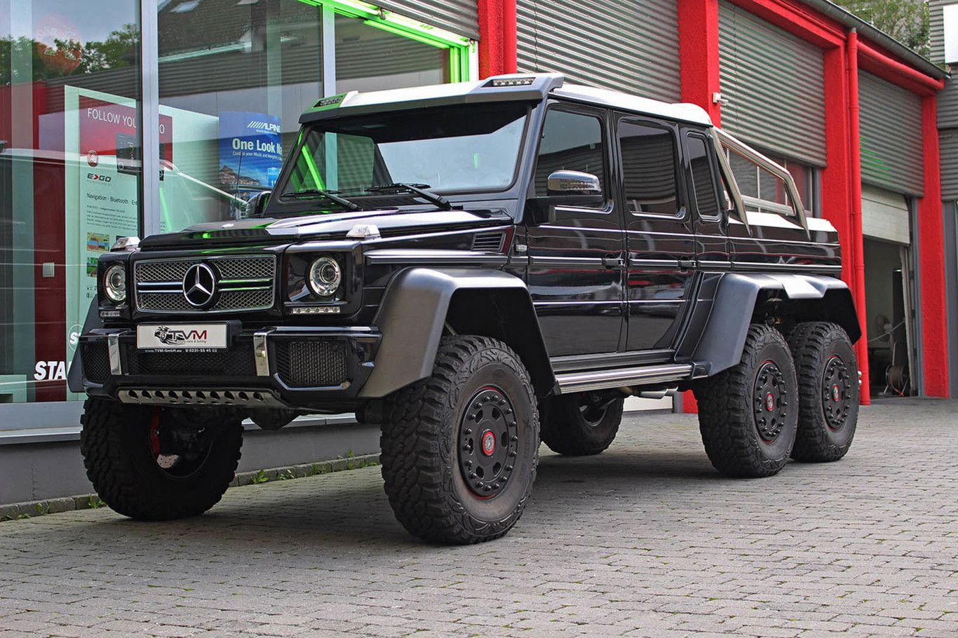 2017 Mercedes Benz G63 Amg 6x6 With Images Mercedes G63 Black