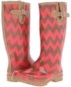 f3c1f881460 Coral and brown chevron rain boots reg. $52 on sale for $34.99. LOVE! Botas  De AguaBotas ...