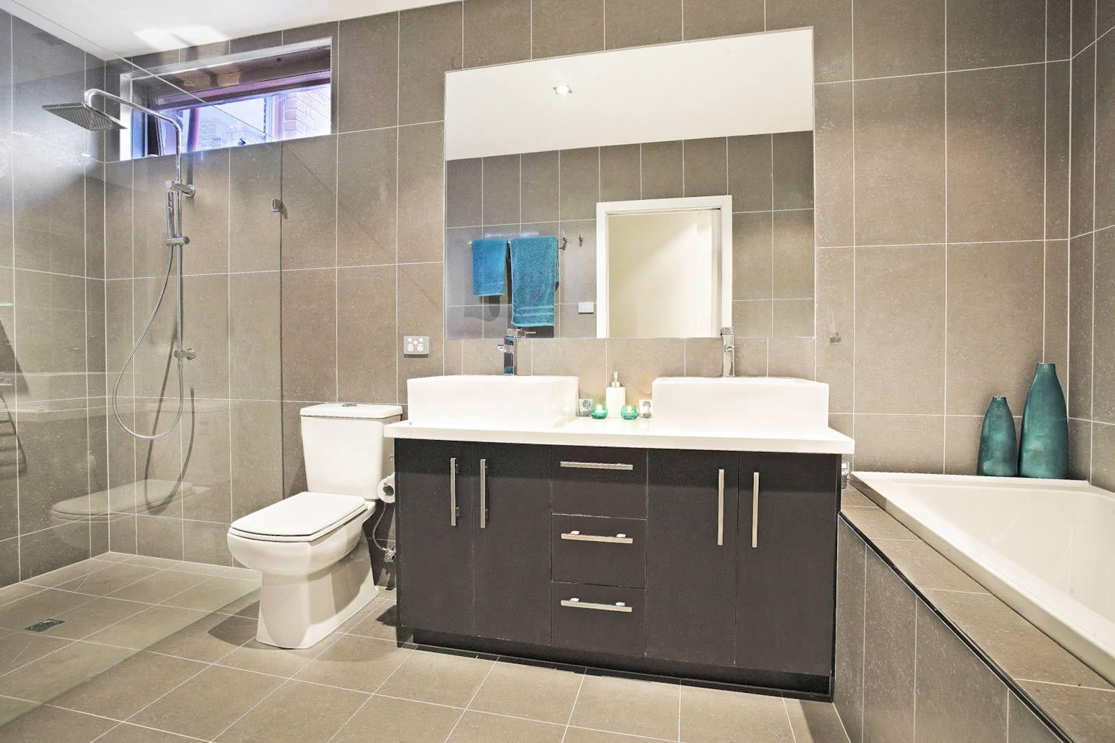 Bathroom Designed Fair Outstanding Designer Bathrooms Creative Ideas Interior Designer Decorating Inspiration