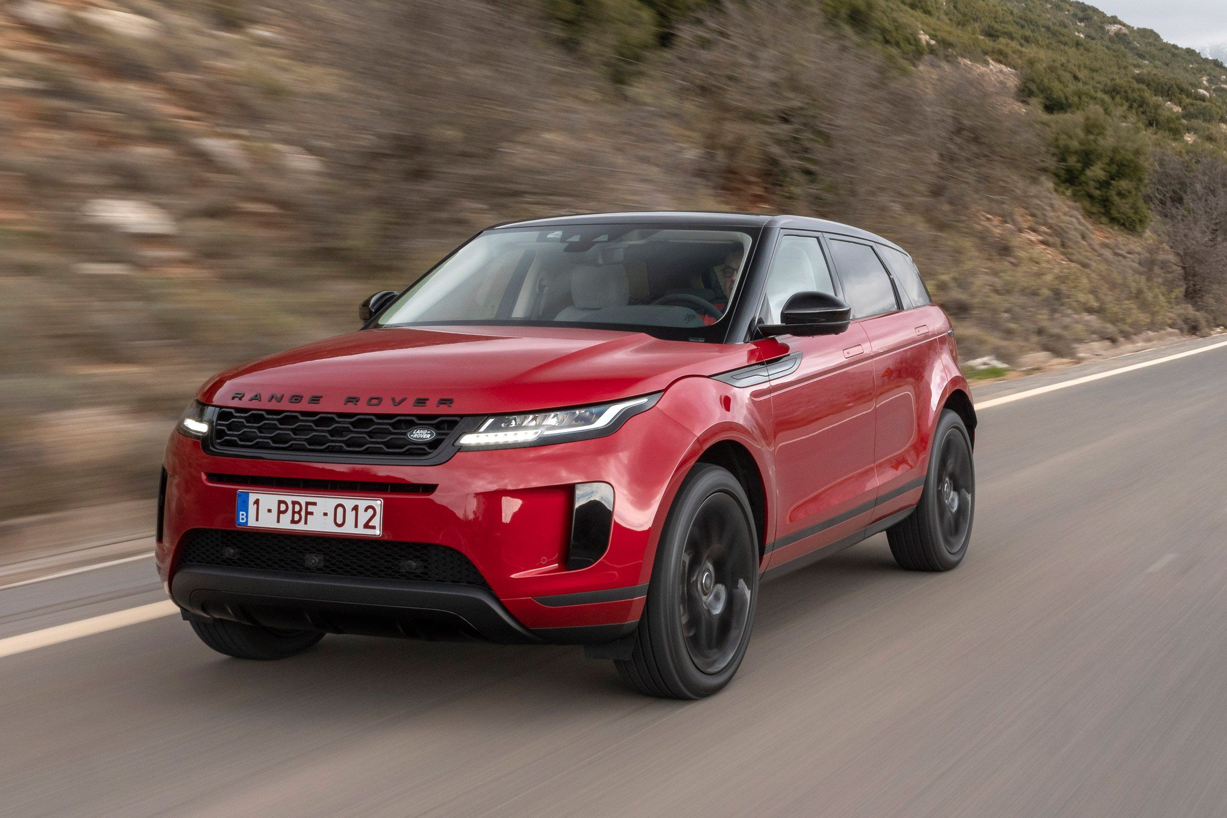 2020 Land Rover Discovery Performance and New Engine in