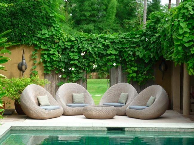 moderner kunstrasen für den privaten garten mit pool und terrasse, Garten und Bauen