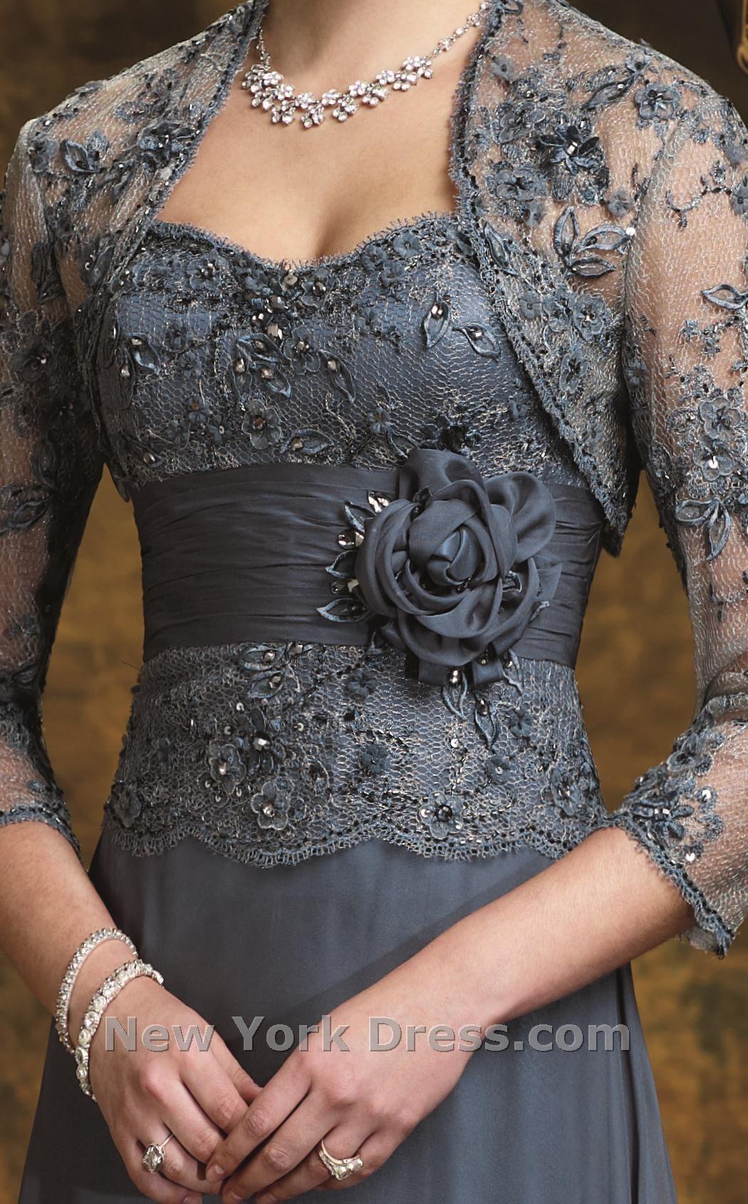 Black lace dress 3/4 sleeve may 2019 Maria Medina mariamedina on Pinterest