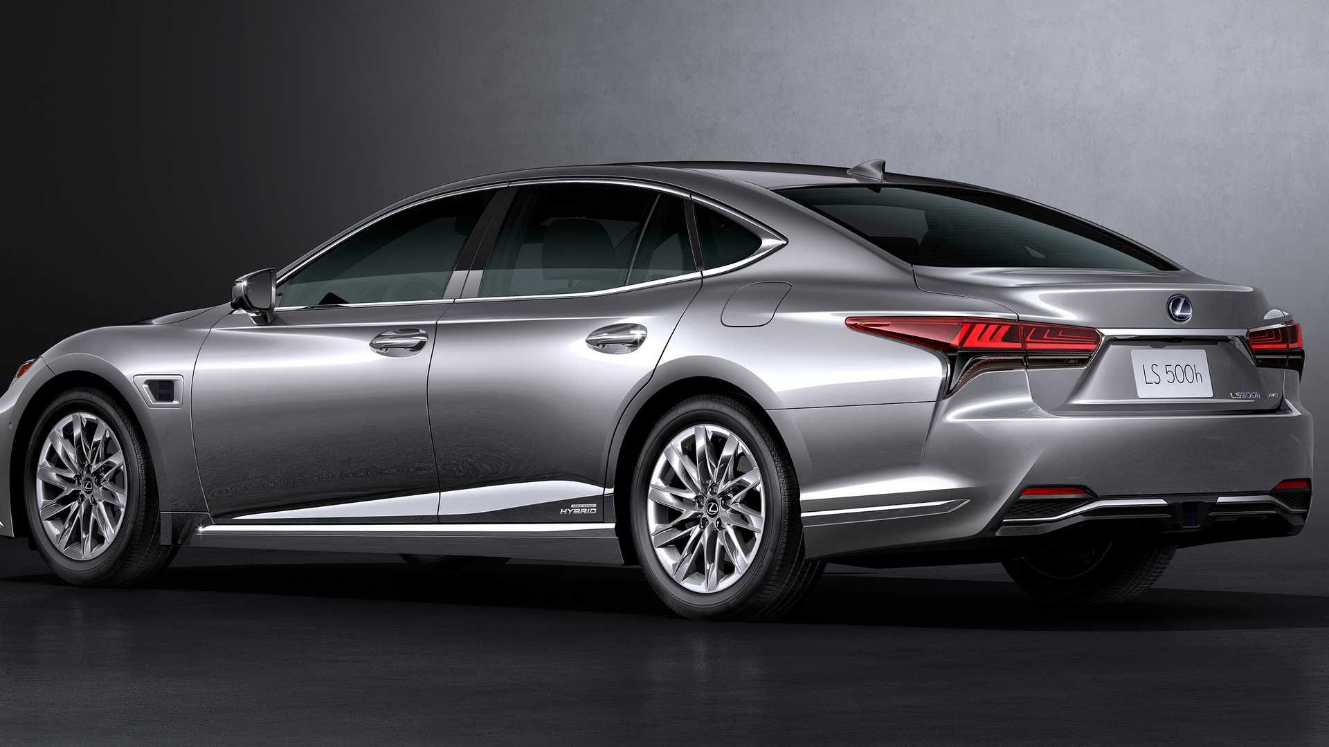 3 Lexus LS arrives with new looks, self-driving tech in 3