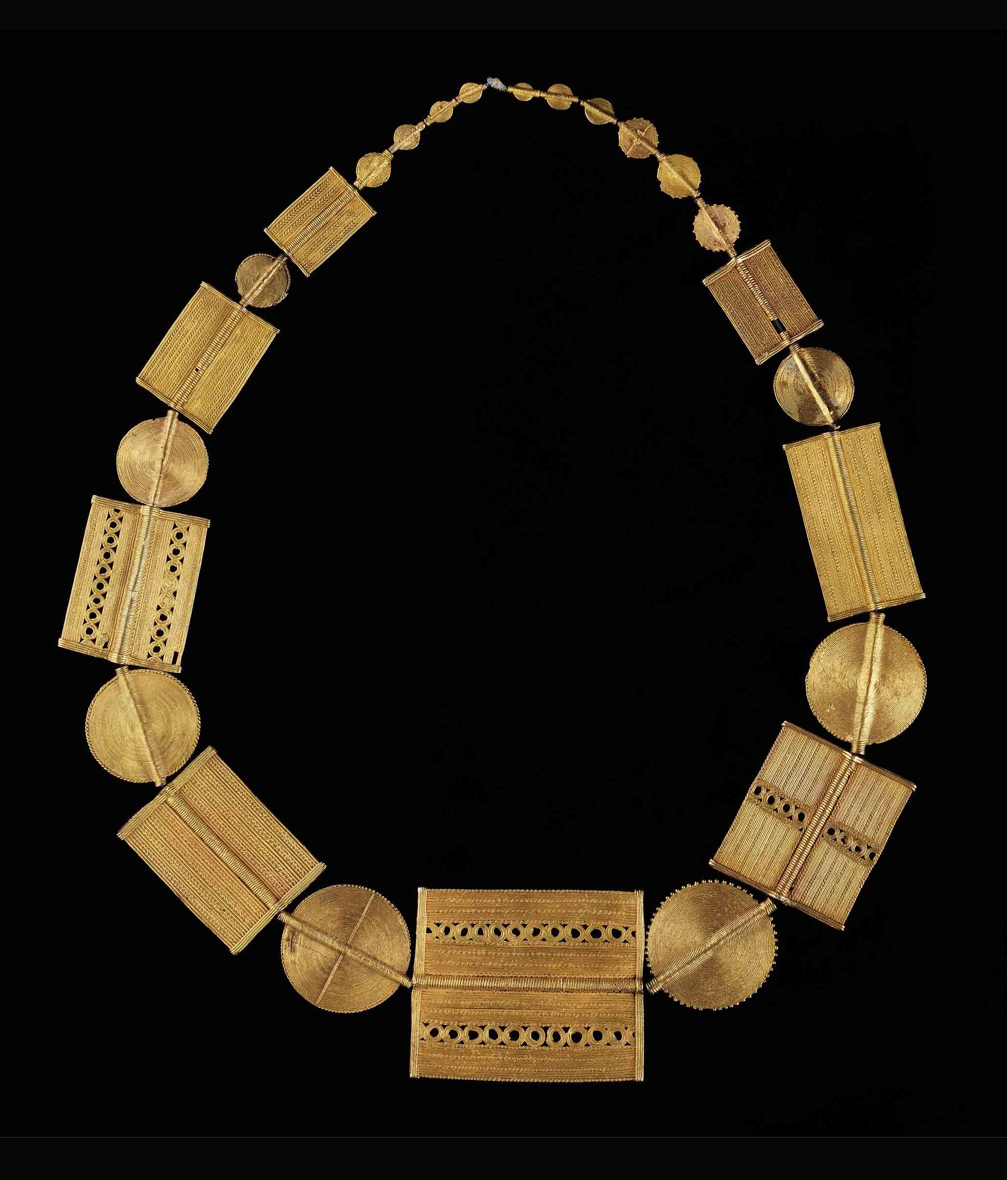 africa necklace from the akan people of the ivory coast the gold content varies