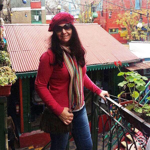 Lucineia arrasando com a Boina e a Bolsa de franja da loja em Buenos Aires !!! Adoramos S2  Monte você também um look repleto de estilo com os produtos da Charme Dalu: http://goo.gl/dy4tCz
