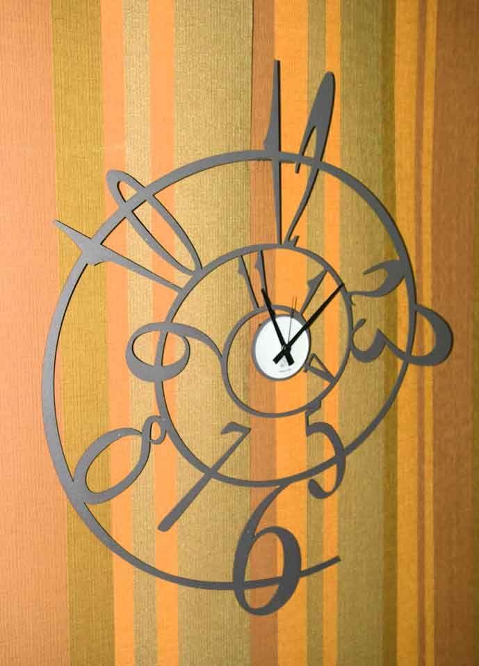 f06fb13aaaf1 Relojes de Pared George. Decoracion Beltran
