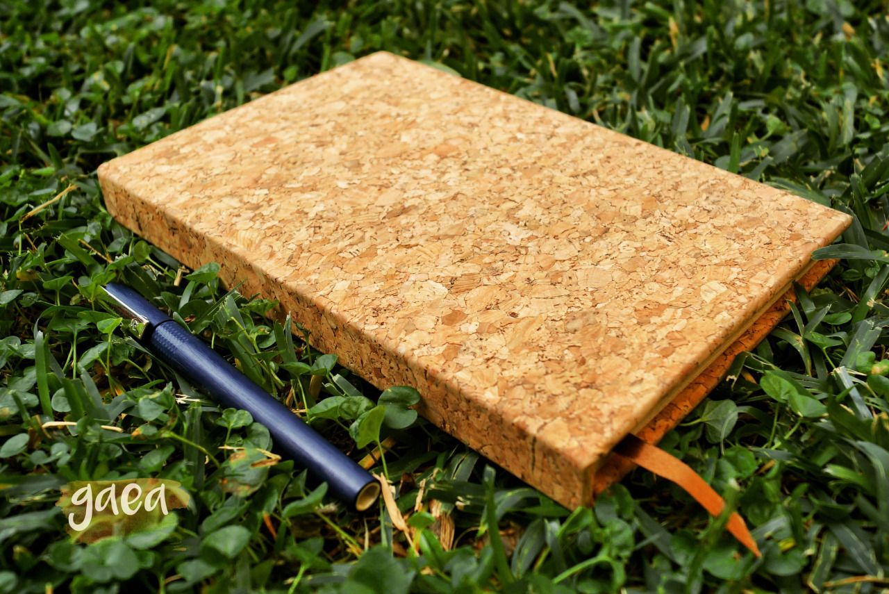 Cork Notebook 100 blank capuccino recycled sheets