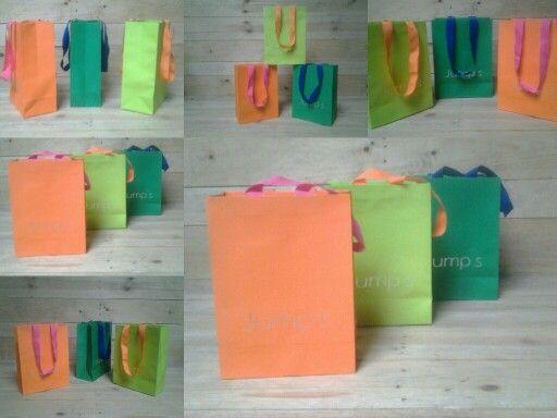Faça como a Jump's,use e abuse das cores que estão em alta. Aproveite sua imaginação!!